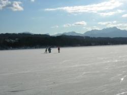 Ein besonderes Erlebnis: Eislaufen am Wörthersee