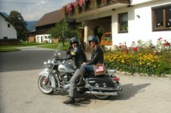 Auch Motorbikes bieten wir Unterschlupf